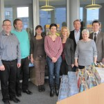 Gruppenbild in der Stadtbibliothek mit Herrn Hennig, Herrn Kapp, Frau Krüger, Frau Walter, Frau Kaspar, Herrn Ginz, Frau Kurka, Herrn Haarmann.
